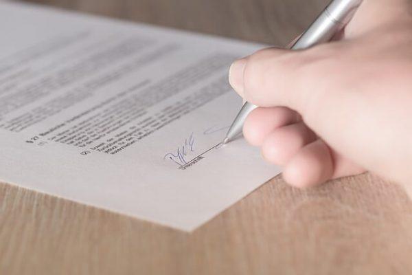 Zdjęcie do tekstu - Umowa przedwstępna z deweloperem